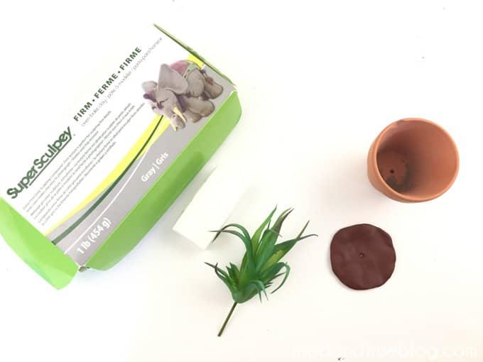Harry Potter Mandrake Paper Clip Holder - Supplies