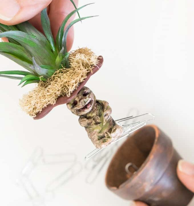 Make this adorable Harry Potter Mandrake Paper Clip Holder!