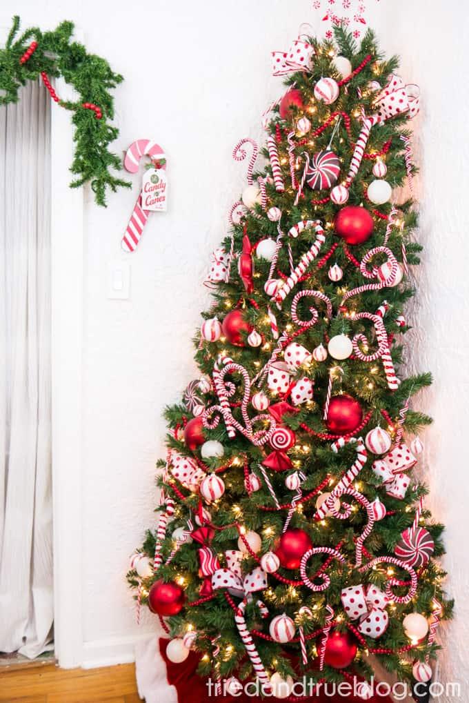Candy Cane Christmas Tree.Candy Cane Space Saving Christmas Tree Tried True
