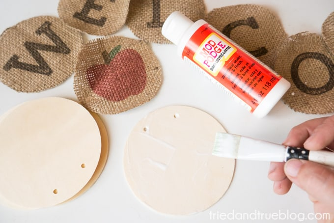 Back To School Burlap Banner - Mod Podge