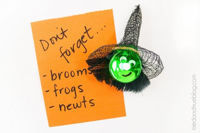 Halloween Witch Tea Light Magnet - Use