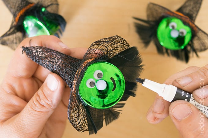 Halloween Witch Tea Light Magnet - Mouth