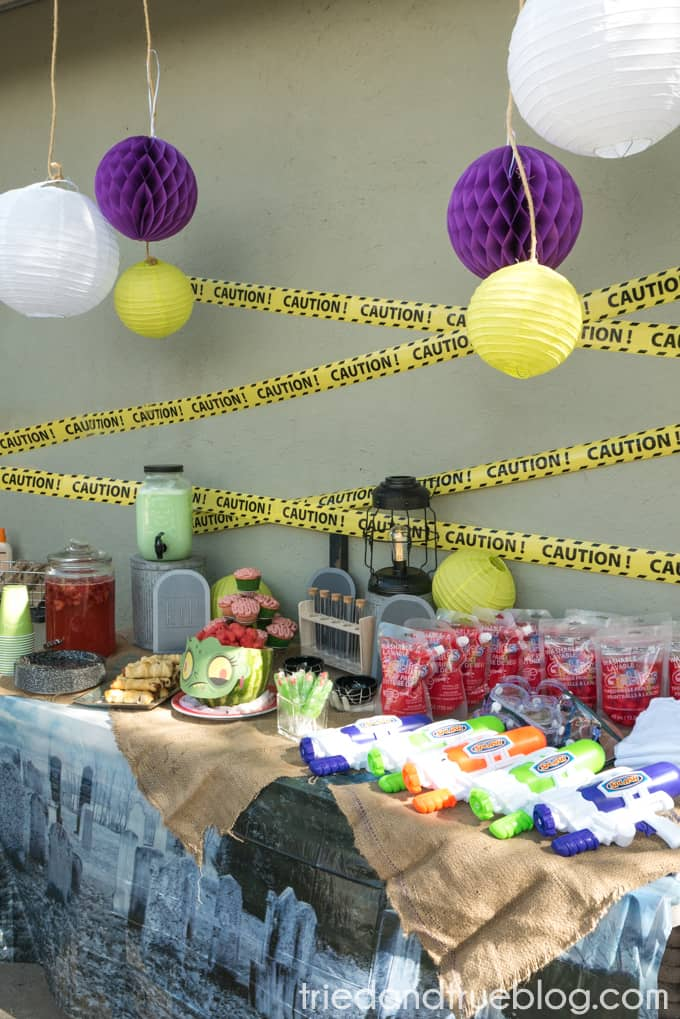 Halloween Zombie Party for Kids! - Table