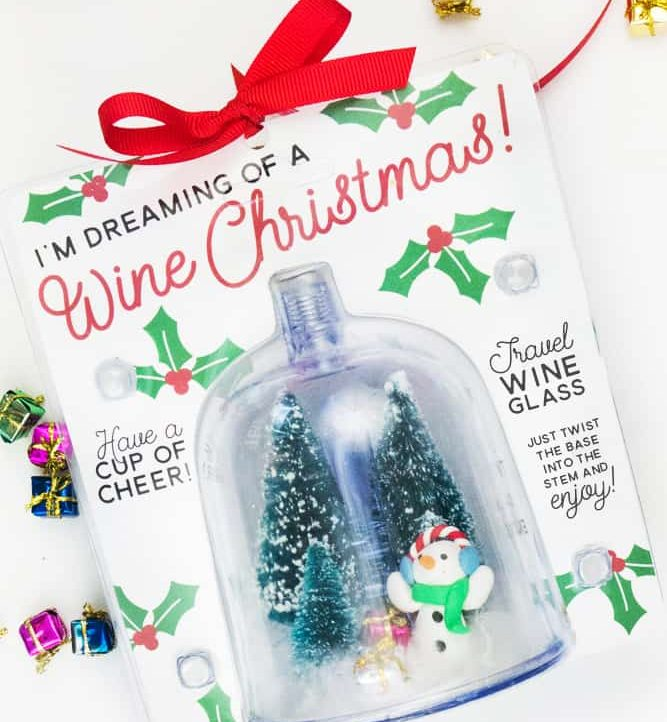 Easy Dollar Store Christmas Gift for Wine Lovers!