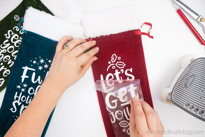 Holiday Wine Gift Bags Free SVG Files - Remove