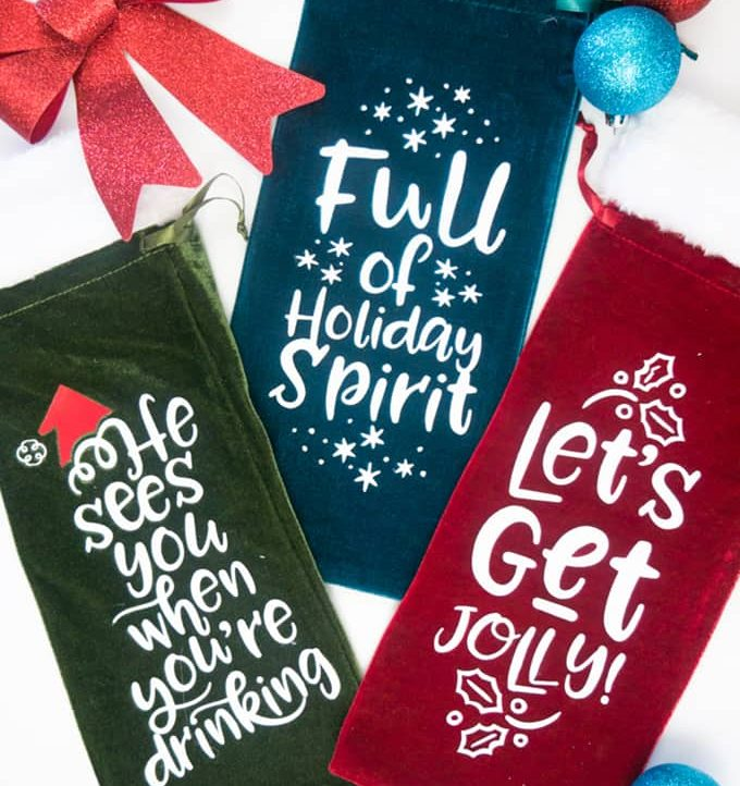 Holiday Wine Gift Bags Free SVG Files - Make in just minutes with the free file!