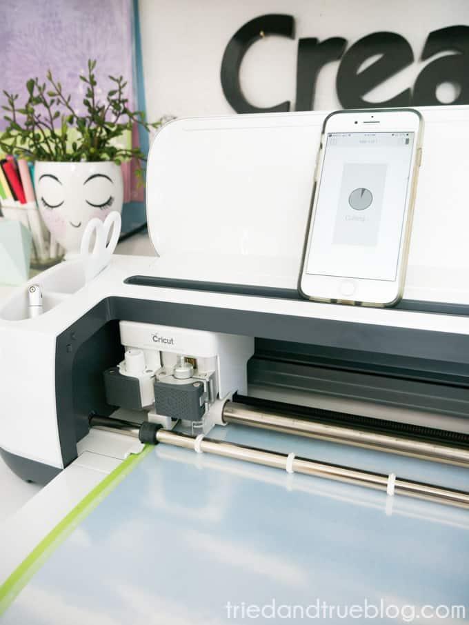 Circut Maker cutting Foil Iron On Vinyl
