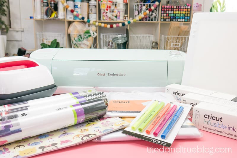 Items found in the Cricut Gift Guide for Crafty Moms