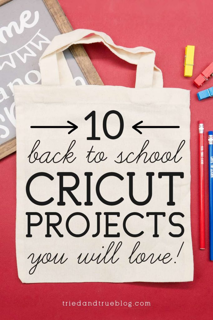 """Blank canvas bag with the words """"10 Back to School Cricut Projects you will love!"""""""